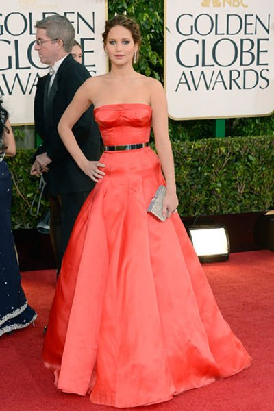 jennifer_lawrence_golden_globes_2013_sexy_red_belted_gown_18f6l66-18f6l6a