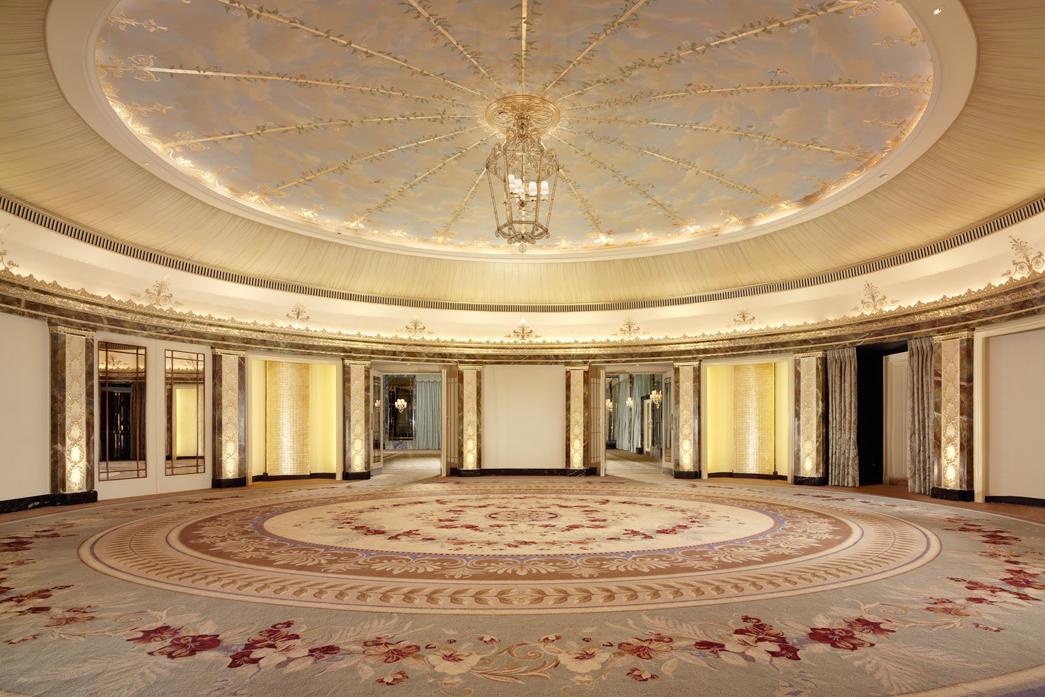 Gold Room- The Dorchester 1195-6