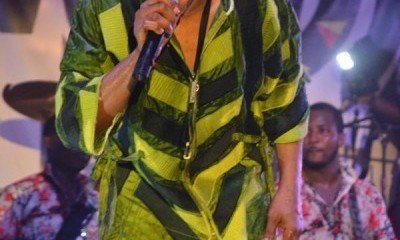 Femi-Kuti-performing-at-Felabration-2013-New-Afrika-shrine-October-2013-1-copy-400x600