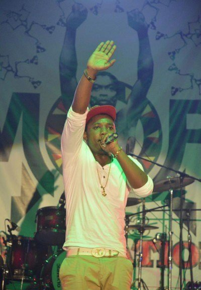 iMike-performing-at-Felabration-2013-New-Afrika-shrine-October-2013-17-copy-400x600