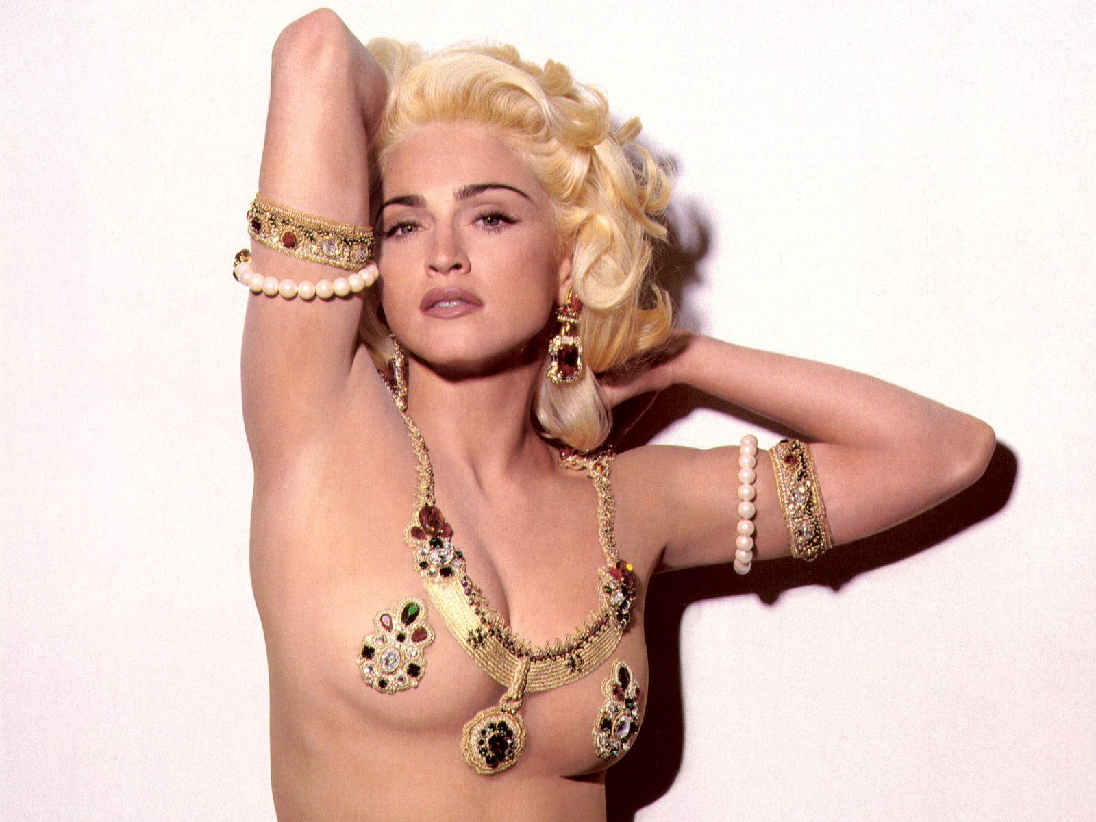 miley cyrus copying madonna miley cyrus and madonna to