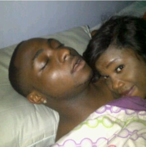 FAB-Magazine-Davido-Shares-A-pic-on instagram-with-an-unknown-lady.JPG4