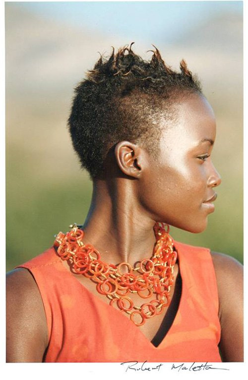 Le-Collane-di-Betta-Jewelry-Lupita-Nyong'o-FAB-Magazine-#ThrowbackThursday (1)