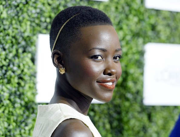 Lupita-Nyong'o-Dark-Beauty-Growing-Up-Essence-Luncheon-FAB-Magazine-Acceptance-Speech (1)