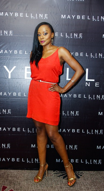 10-Michelle-Dede-Red-Carpet-Looks-Worth-Noticing-FAB-Magazine-Style-Celebration (1)