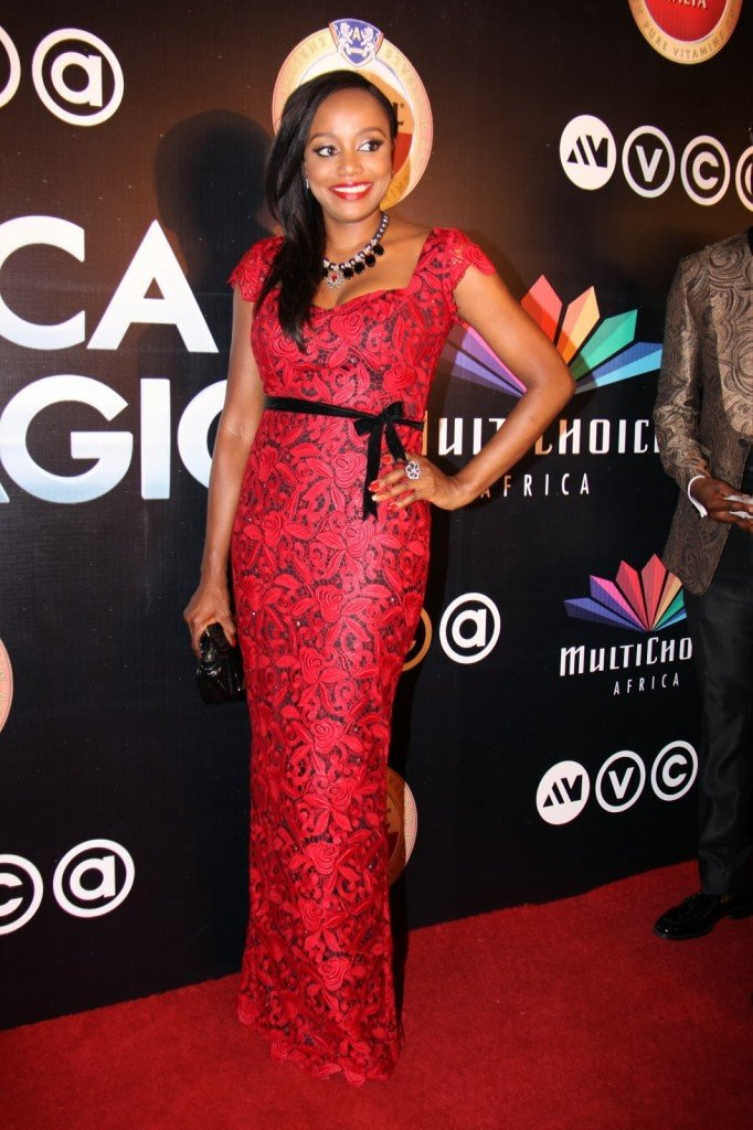 10-Michelle-Dede-Red-Carpet-Looks-Worth-Noticing-FAB-Magazine-Style-Celebration (5)