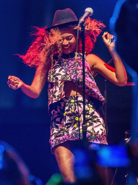FAB Fashion Beyonce Knowles-Carter And Solange Knowles At 2014 Coachella Valley Music And Arts Festival FAB Fashion (6)
