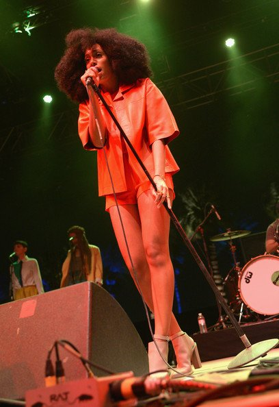 FAB Fashion Beyonce Knowles-Carter And Solange Knowles At 2014 Coachella Valley Music And Arts Festival FAB Fashion (9)