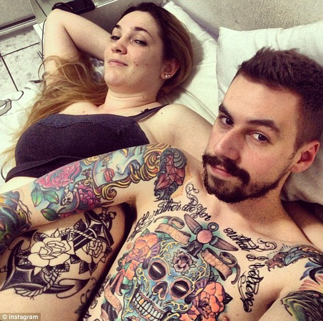 Keeping-Up-With-Instagram-Our-Top-13 #AfterSex Selfies-FAB-Magazine (14)