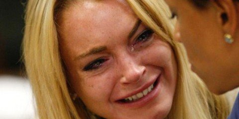 Lindsay-Lohan-reveals-Miscarriage-FAB-Magazine