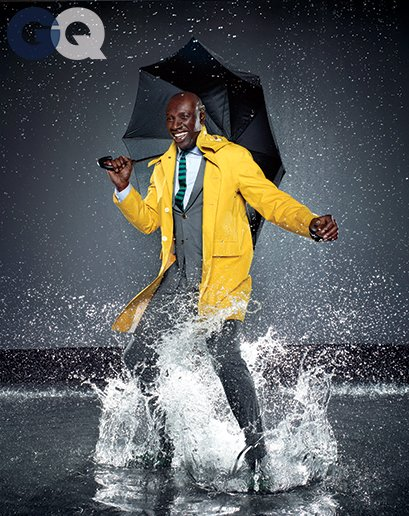 1399650580342_omar-sy-gq-raincoat-gq-magazine-may-2014-fashion-style-men-weather-03