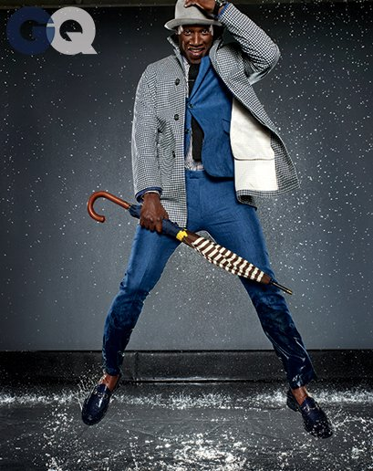 1399650580350_omar-sy-gq-raincoat-gq-magazine-may-2014-fashion-style-men-weather-11