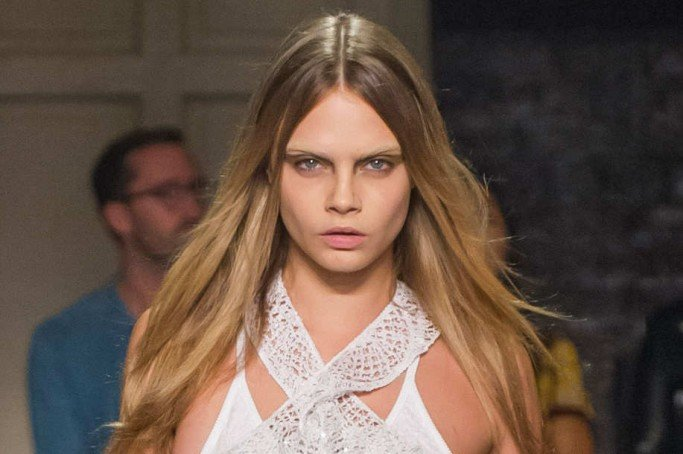 cara-d-eyebrows-givenchy