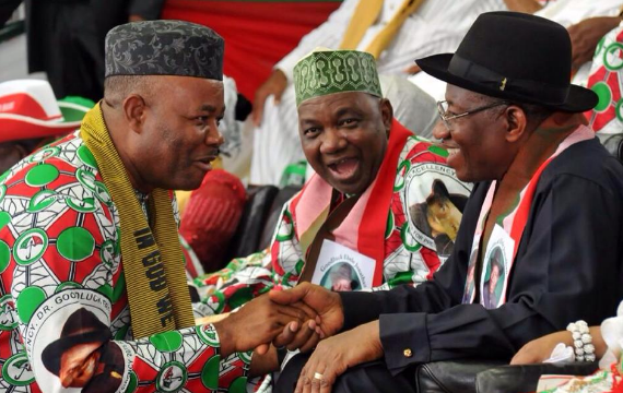 Governor Goodswill Akpabio shows support for President Jonathan