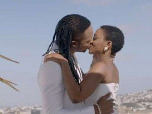 Flavour-Chidinma-Kissing