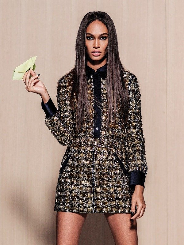 joan-smalls-by-russell-james-for-vogue-mexico-september-2015-3